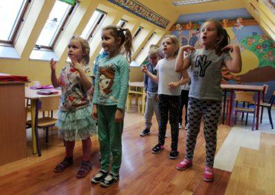 Język angielski dla najmłodszych_Kudowa-Zdrój_Centrum Językowe Ling UP